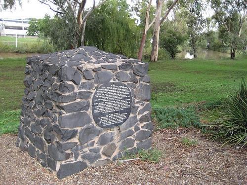памятник кактусовой моли в Австралии
