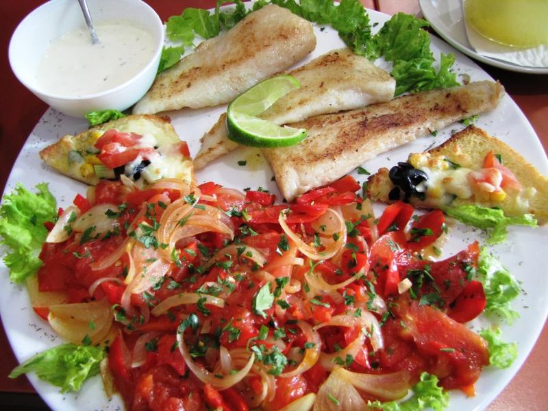Как едят рыбу
