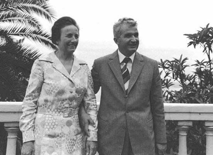 Чаушеску и его жена Елена