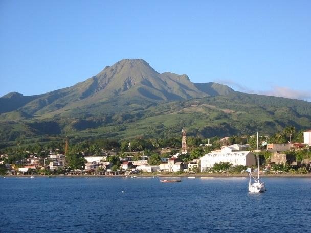вулкан Мон-Пеле