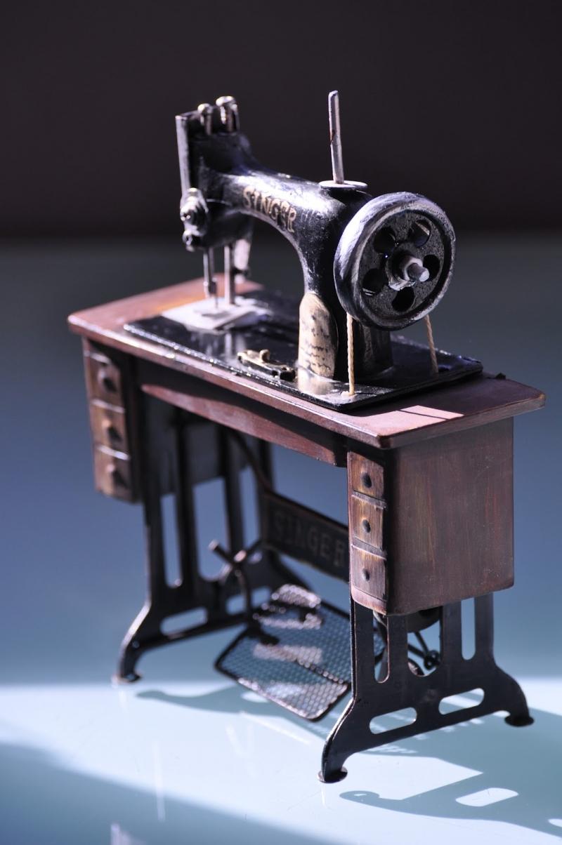 Первая швейная машинка Зингер