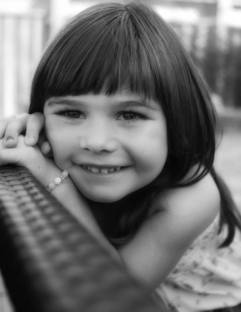 улыбка маленькой девочки