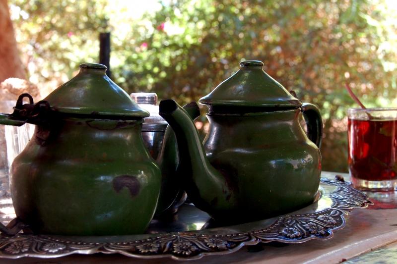 чайники с чаем