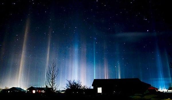 Светящиеся столбы в Крамоторске