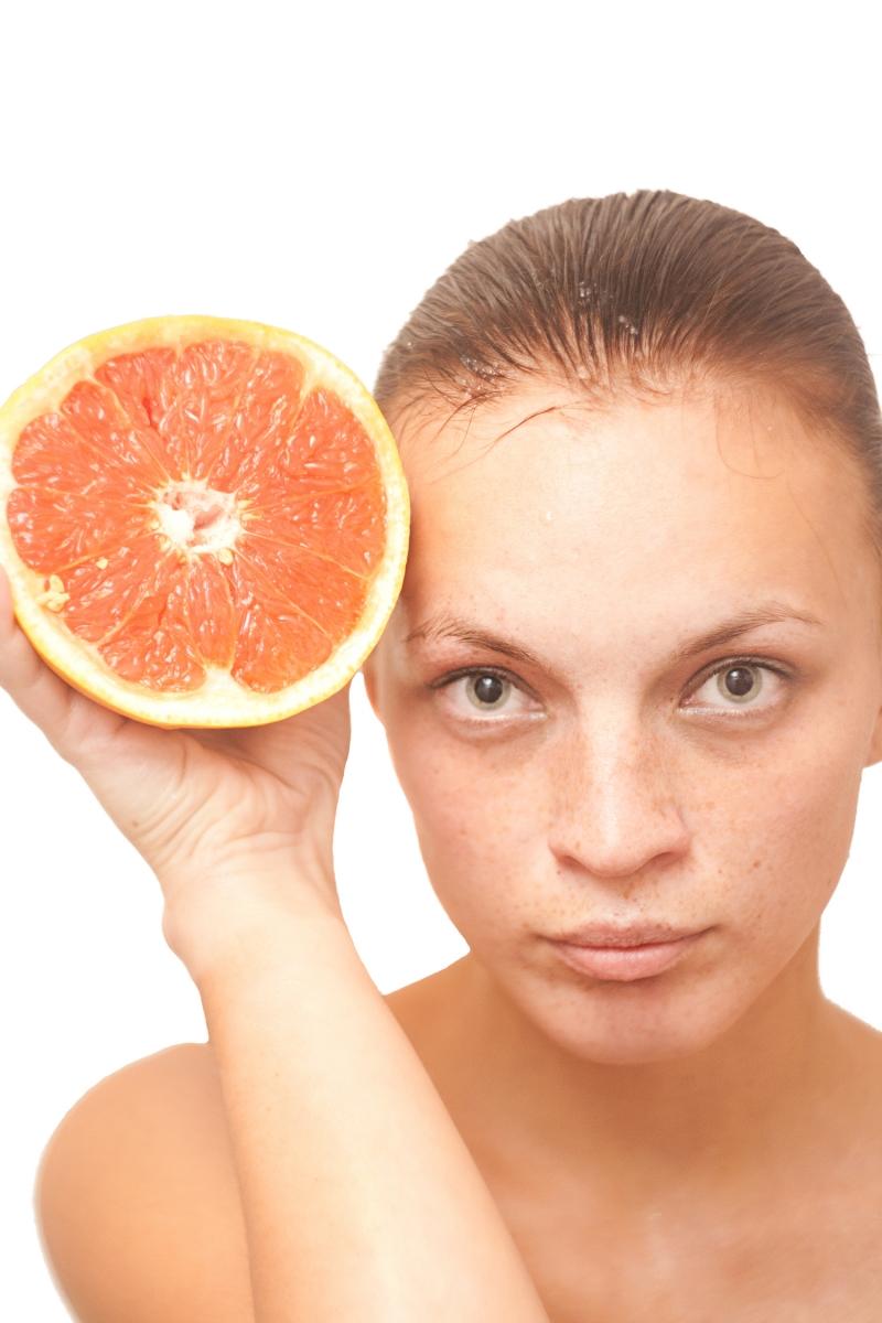 Как едят апельсины