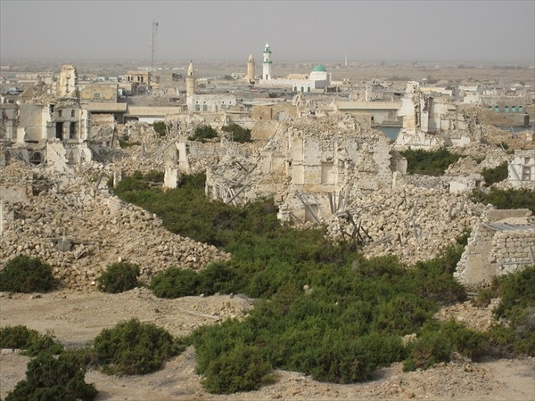 руины Суакина